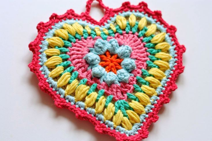 Cherry Heart - heart potholder pattern