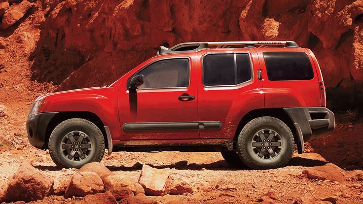 2015 Nissan Xterra Pro-4X in Lava Red sideview