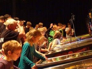 Ook dit jaar gaan we kijken wie het talent van de toekomst is. Wie wint de jeugdwedstrijd tijdens het Dutch #Pinball Open? Kom op zondag 8 november samen met je kind(eren) naar Drunen. Voor elke speler is er een aandenken aan deze mooie dag. Deelname is gratis! #Flipperen