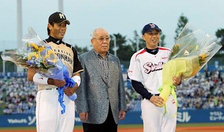 Atsunori Inaba (Hokkaido Nippon-Ham Fighters), Katsuya Nomura and Shinya Miyamoto (Tokyo Yakult Swallows)