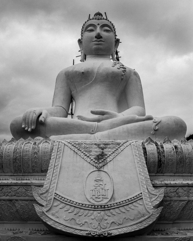 White Buddha - Chiang Mai - pinned by pin4etsy.com