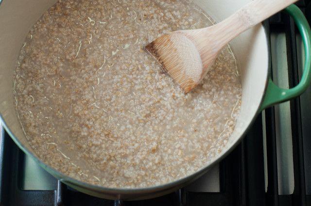 overnight steel cut oats 4 cups (32 ounces) water 1 cup steel cut oats ...