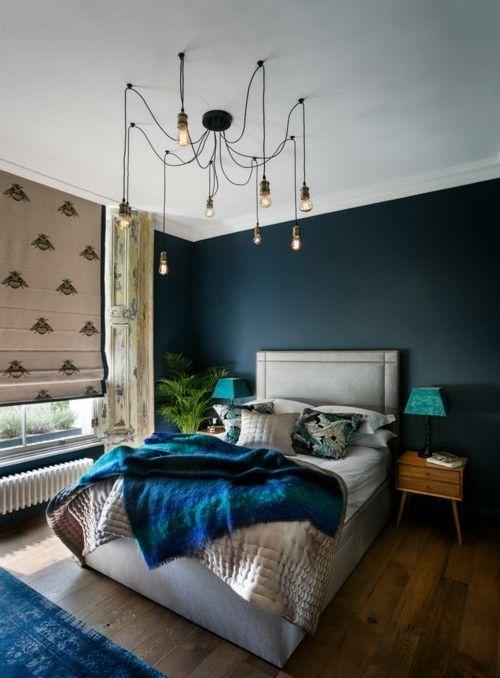 ideen schlafzimmer eklektisch vintage teppich dunkelgrne wand - Schlafzimmer Dunkelgrun