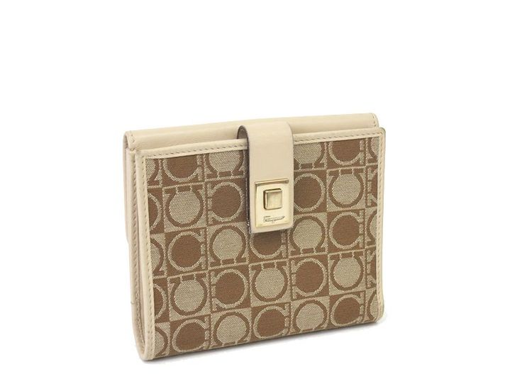 #SalvatoreFerragamo Gancini Pattern Wallet Canvas/Leather Beige(BF046234). Was $65 now $60. global.elady.com