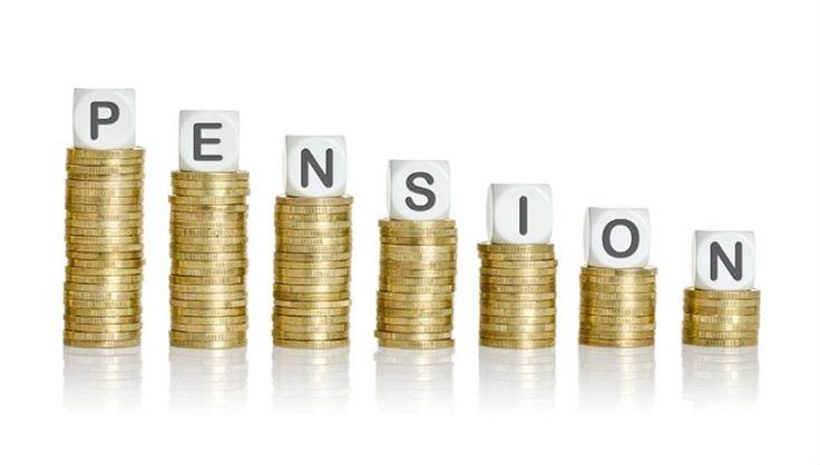 Около 100 000 греков получают пенсии от немецкого государства http://feedproxy.google.com/~r/russianathens/~3/xZCkv9xSuno/23518-okolo-100-000-grekov-poluchayut-pensii-ot-nemetskogo-gosudarstva.html  По данным, опубликованным немецкой пенсионной службой(Rentenversicherung), около 100 000 греческих граждан получают пенсии от немецкого государства - пишет немецкая газетаRheinische Post.