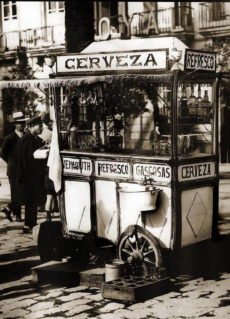 Kiosko de bebidas, primera década del Siglo XX. Autor desconocido