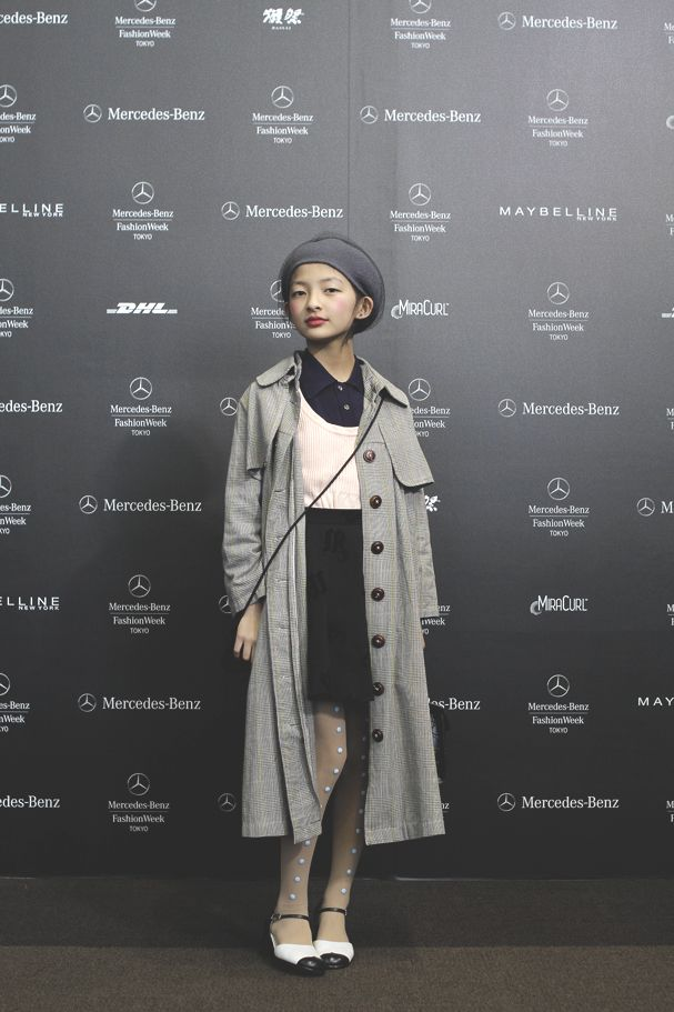 Area: Mercedes-Benz FashionWeek TOKYO, Tokyo Name: Mappy Occupation: schoolgirl | 小学生 Coat: Used | 古着 Skirt: H&M | エイチアンドエム Tights: AVANTGARDE | アバンギャルド Shoes: renoma | レノマ Bag: Used | 古着 [Street Style] Mappy | 小学生 | Mercedes-Benz FashionWeek TOKYO