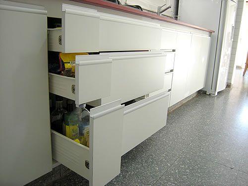 Muebles de cocina en melamina blanco buscar con google for Muebles cocina melamina