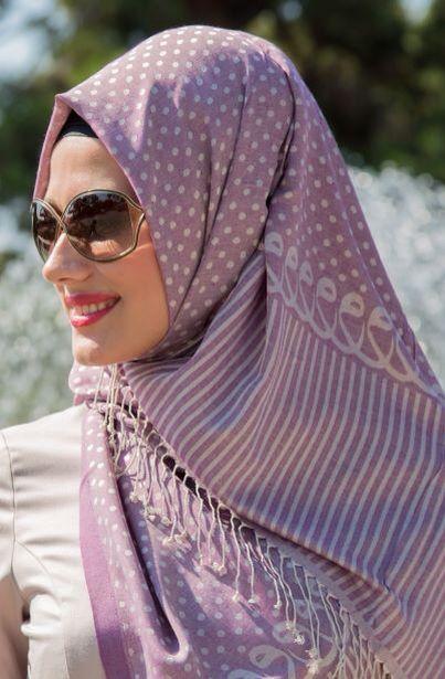 Eftandise By Tuba Yücel Vav Collection şallar, özel tasarım ürünüdür .  [ Eftandise By Tuba Yücel Des-15-V1 ]  Fiyat : 89,90 TL Sipariş Link : http://bit.ly/1ltlOSX Diğer Modeller için : http://bit.ly/WewrgQ #InstaSize #moda #tasarım #tesettür #giyim #fashion #ınstagram #etek #tunik #kap #kampanya #woman #alışveriş #özel #zerafet #indirim #hijab