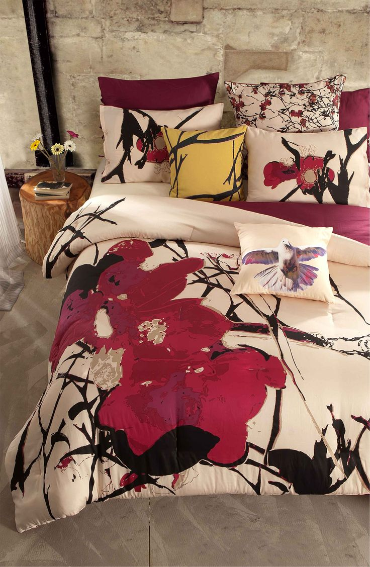 Main Image - kensie 'Blossom' 300 Thread Count Cotton Comforter (Online Only)