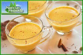 O leite com cúrcuma (ou leite dourado) é uma bebida tradicional Ayurveda para aumentar a sua saúde e vitalidade. Normalmente é tomado à noite para promover o sono e curar uma série de doenças, incluindo resfriados comuns, dor de garganta, indigestão, diarreia, síndrome do intestino irritáv