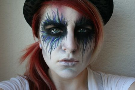 The Witch Creek Fairy Halloween Makeup Tutorial https://www.makeupbee.com/look_The-Witch-Creek-Fairy-Halloween-Makeup-Tutorial_11381