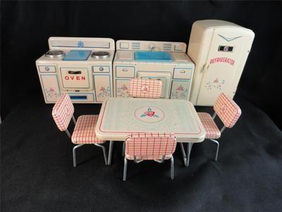 Miniature Toy Doll Child S Painted Tin Kitchen Set Tn Vintage 1940s 50s Complete