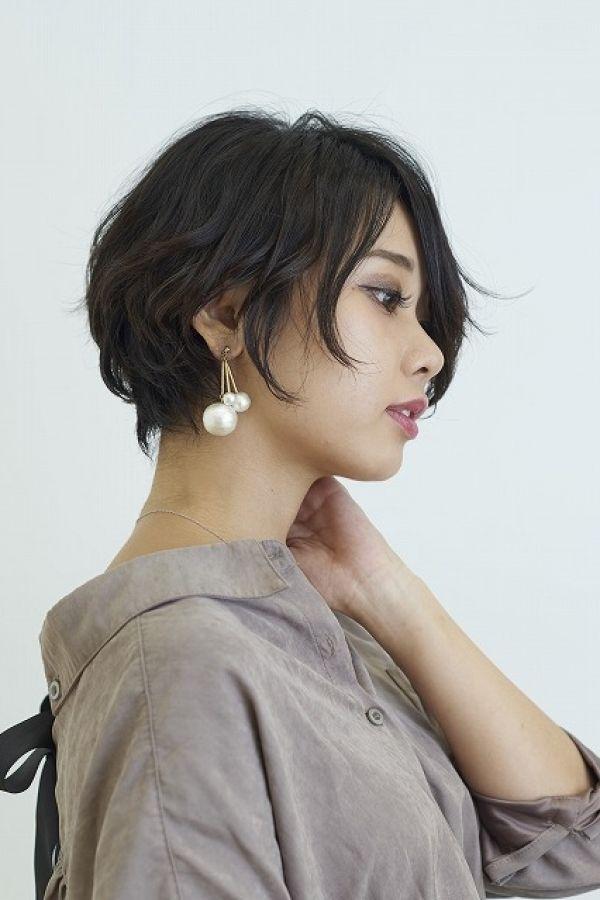 くせ毛を活かした大人ショートボブ 美容室カキモトアームズのおすすめヘアスタイルカタログ ヘアスタイルのアイデア 大人ショートボブ ヘア スタイル