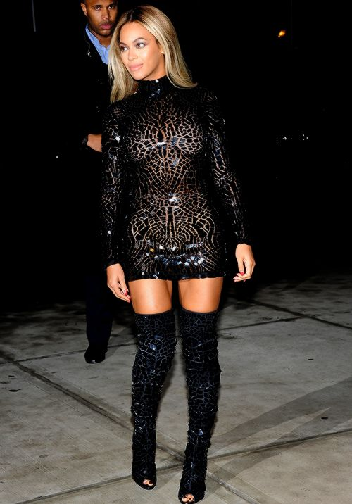 Shattered glass dress & boot look!