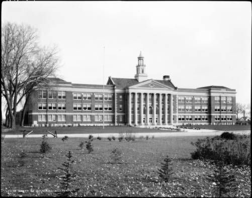 Fort Collins High School :: Photographs - Western History