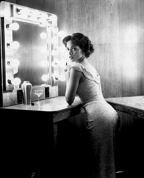 Halle Berry asDorothy Dandridge