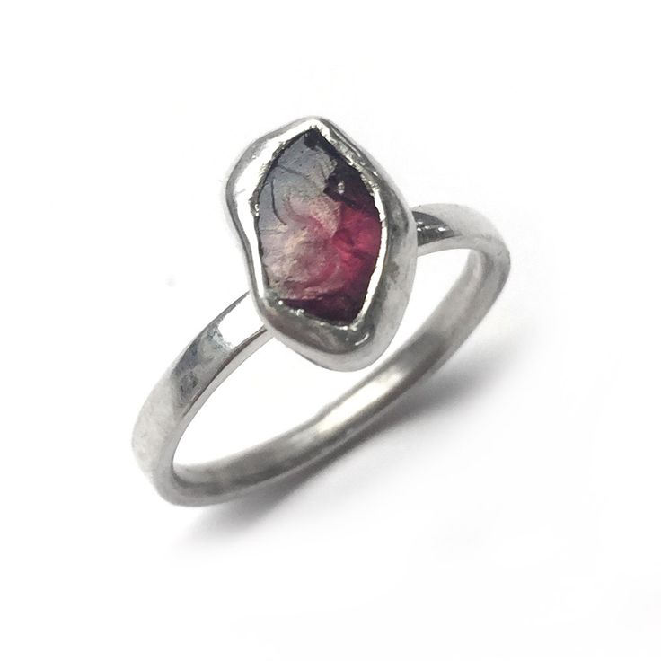 A one-off rough Rhodolite Garnet crystal set simplistically in a sterling silver bezel setting onto a d-shape band. SIZE O ONLY! LAST CHANCE SALOON NOTES * Items are non returnable, unless deemed faulty by BMM * Rings are only available … Continue reading →