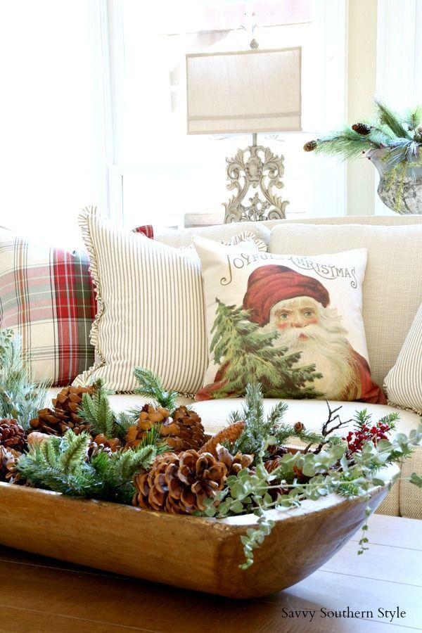 Savvy Southern Style: Traditional Christmas in the Living Room #Christmasdecor #christmastime #christmaspillow #LivingRoom