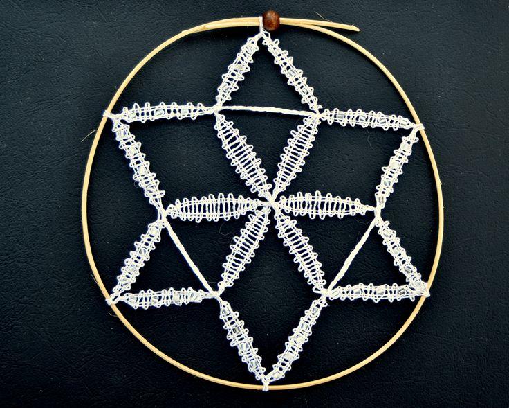 paličkovaná hvězdička/ bobbin lace star