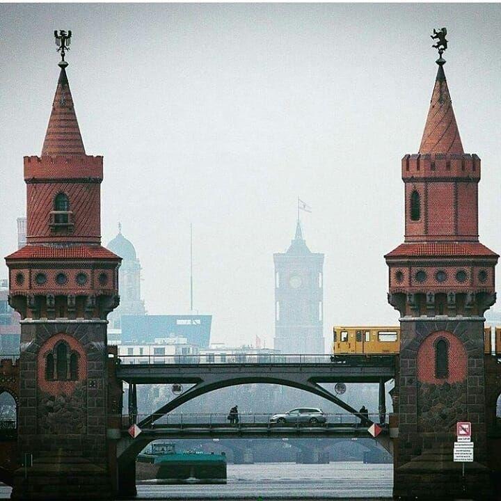 Deutschland - CONN3CTOR | Schöne orte, Oberbaumbrücke