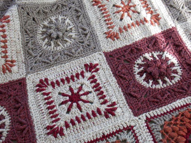 🌻 👰🏼 🌻 Cobertor de Rosa de Deserto Afegão Artesanais em Arco-Iris Crochê Pássaro -  /  🌻 👰🏼 🌻 Desert Rose Afghan Blanket handcrafted in  Rainbow Bird CrochetIng -
