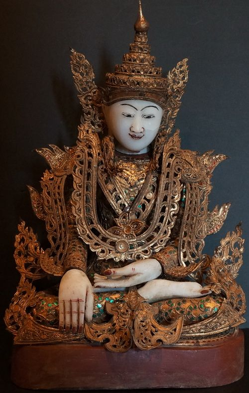 Burmese Mandalay Royal King Buddha Statue with zinc plate regalia and crown, thayo lacquer and glass mosiac decoration. 19th Century
