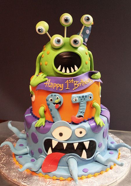 Monster birthday  cake // Tarta de cumpleaños de monstruos