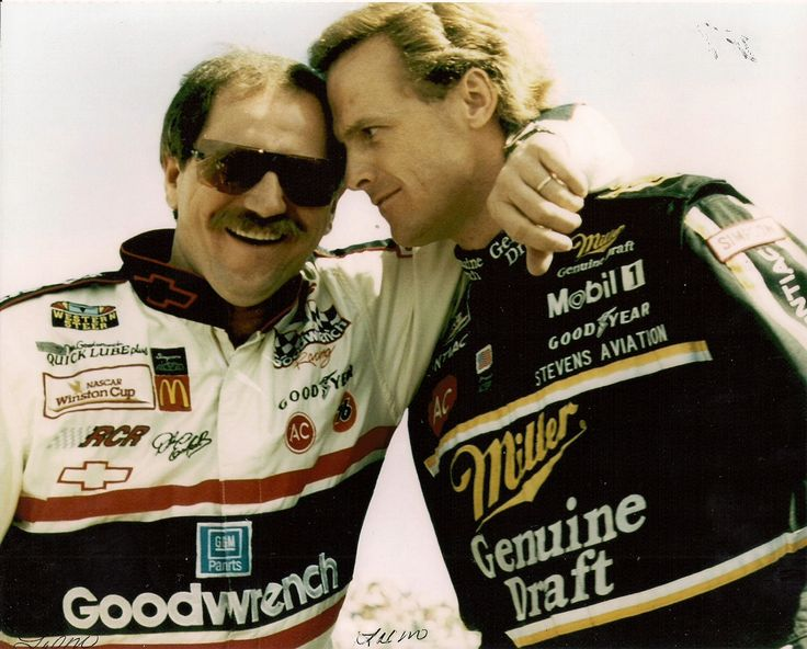 Dale Earnhardt and Rusty Wallace at a Charlotte practice session.
