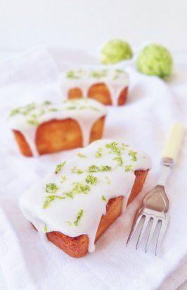 Миндальные кексы с лаймовым сиропом и глазурью