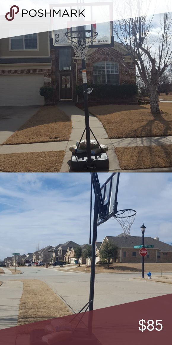 Basketball hoop Adjustable only 6 months old, with box in garage. spalding Other