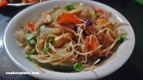 Chinese-style Spicy Schezwan Rice Noodles is a one pot meal that you can make in under 15 minutes!