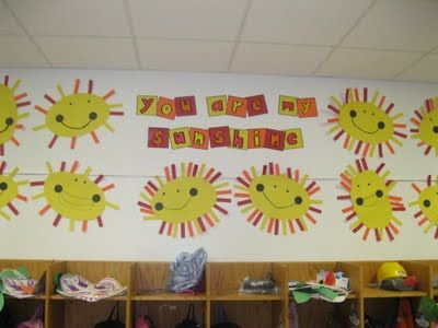 You Are My Sunshine - patterns on outside of sun?: Year Bullentin, Bulletin Boards, Kindergarten Ideas, Sunshine, Kindergarten Rocks, Bullentin Board, Classroom Ideas, Crafts