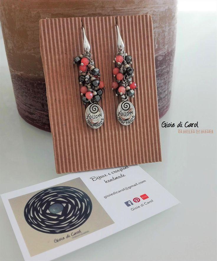 Orecchini pendenti con perline in ematite e rosa salmone, monachella in argento 925, fatti a mano, mod. Follow your Heart di GioiediCarol su Etsy