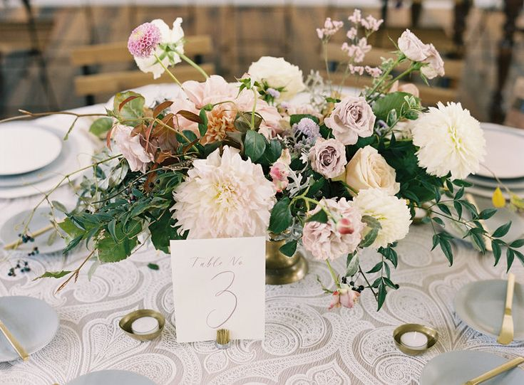 The Cordelle - October Wedding - Nashville, TN - Grey plates and lilac linens with gold flatware