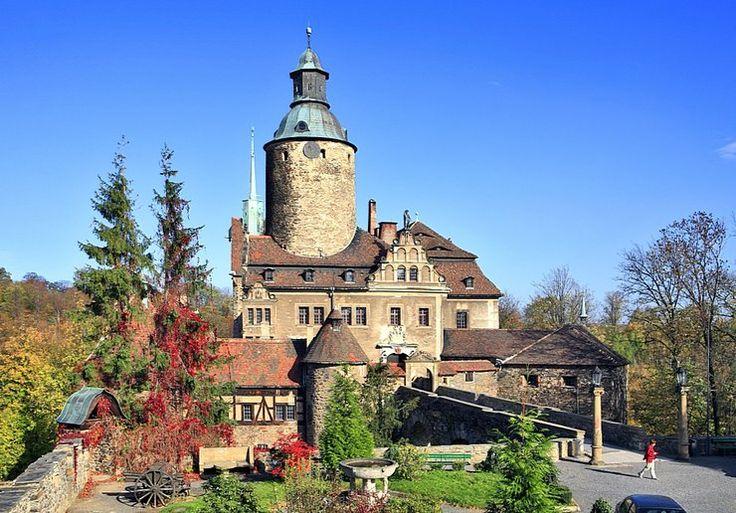 Zamek Czocha - leży całkiem niedaleko Leśnej na Dolnym Śląsku.