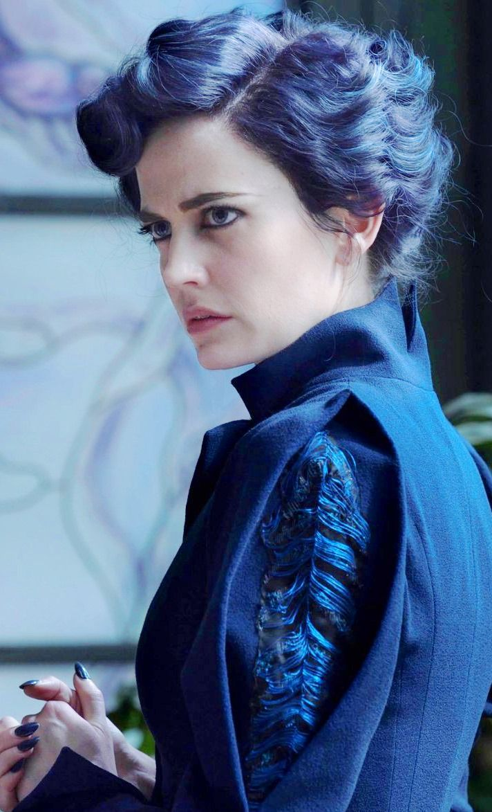 "Eva Green - ""Miss Peregrine's Home for Peculiar Children"" (2016) - Costume designer : Colleen Atwood"