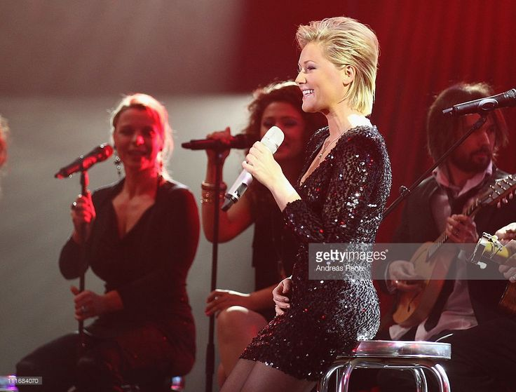 Helene Fischer performs on stage during the 'Deutscher Live Entertainment Award - PRG LEA 2011' at the Festhalle on April 5, 2011 in Frankfurt am Main, Germany.