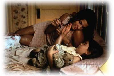 Hope Floats Movie Cast | Sandra Bullock zoekt nieuw geluk in haar leven in 'Hope floats'.