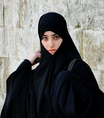 kara-carsaf-the turkish Jilbab