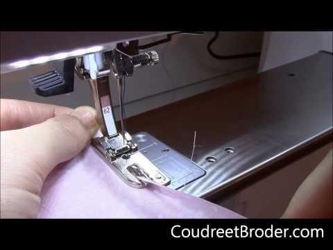 En vidéo, comment utiliser le pied ourlet roulé, le pied ourleur ou le pied à roulotter ? | Coudre et Bloguer