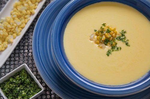 Atrévete a probar esta deliciosa #receta de #CremaDeElote, te fascinará su sabor. #RecetasFaciles, #RecetasMexicanas #Comida #Sopas
