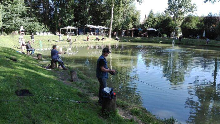 Au Petit Pêcheur du Moulin Plateau est le meilleur endroit près de Saint-Germain-des-Prés pour aller à la pêche.
