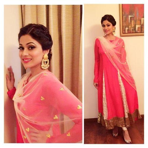 Shamita Shetty Wears Pink Masaba Gupta Made Salwar
