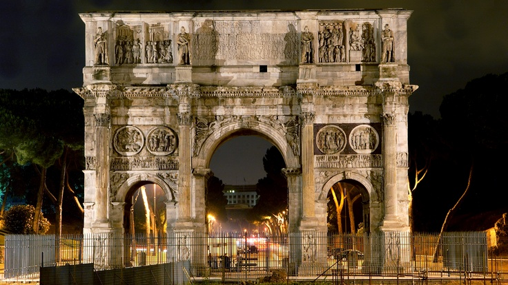 Arch of Constantine nearby The St. Regis Rome