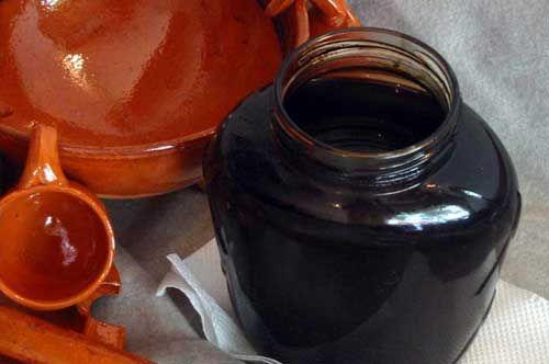 Vincotto di uva e di fichi: nettare di Puglia