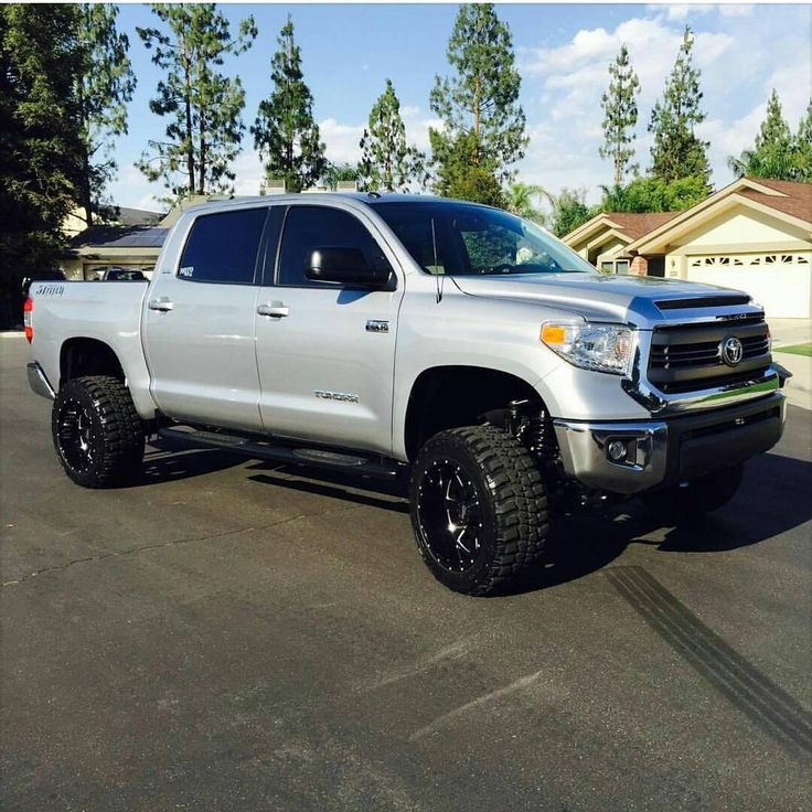 Lifted Tundra | Jacked up trucks | Pinterest | Lifted ...