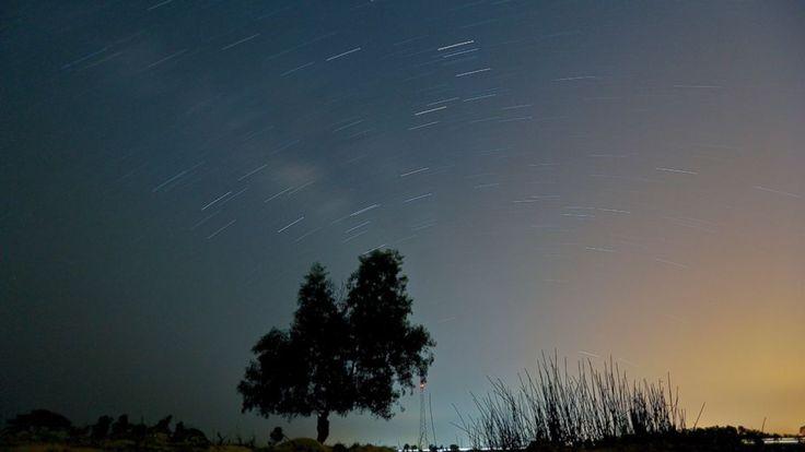 See Lyrid Meteor Shower at Its Stunning Peak