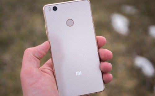 Gambar Smartphone Xiaomi Mi 4S Belakang