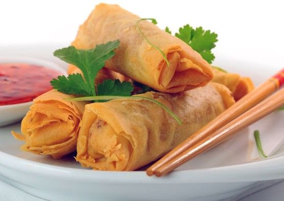 Chinese Shrimp Spring Roll Recipe: Spring rolls are a tasty snack and you can make those and keep in freezer. This tasty chinese spring rolls cooking recipe in Urdur. How to make chinese spring rolls recipe in urdu and chicken seekh kabab cooking recipes in urdu...